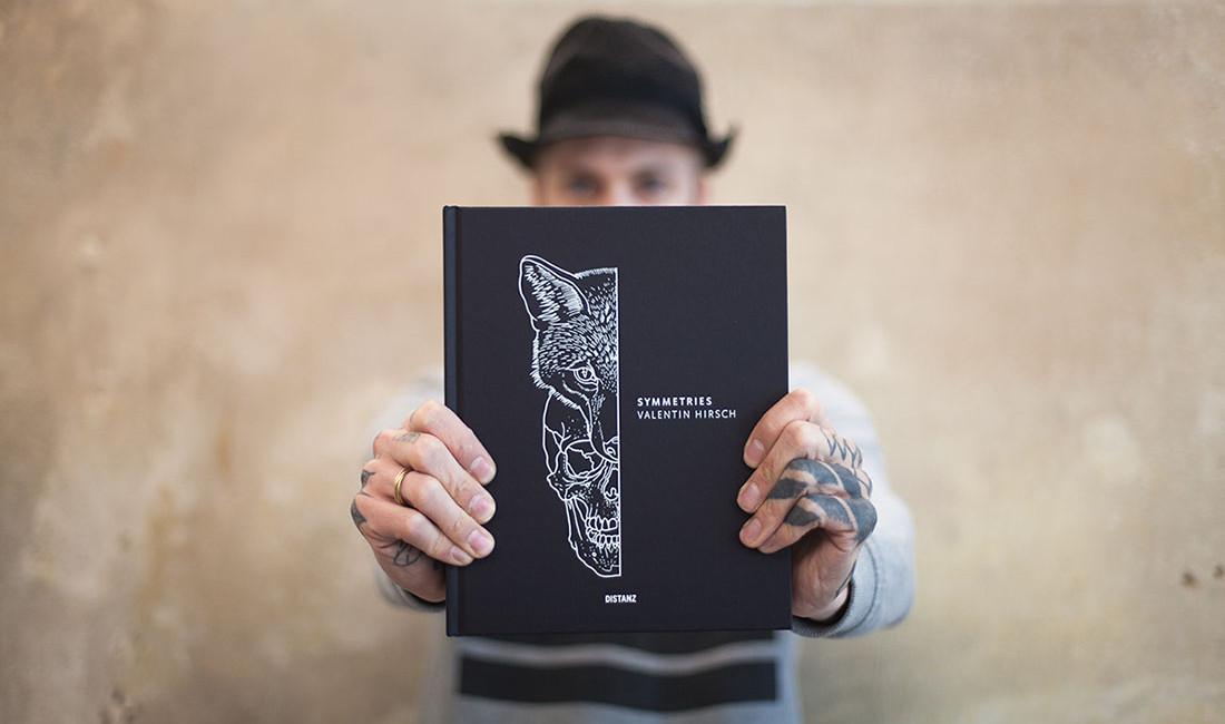 VH-SMMTRS-Book